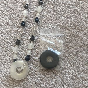 Jewelry - Nursing necklace with interchangeable bead